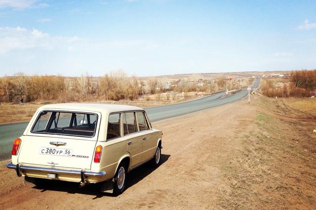 ВАЗ-2102 предназначено Владимиром для неспешных прогулок