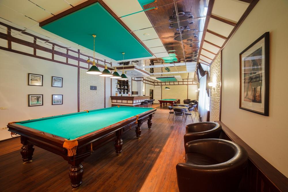 В развлекательном комплексе гостям предложат арендовать бильярдные столы.
