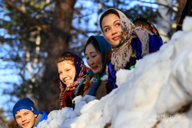 Масленица Комоедица в Иркутске
