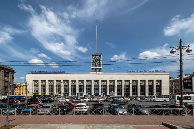 На Финляндском вокзале были провозглашены знаменитые