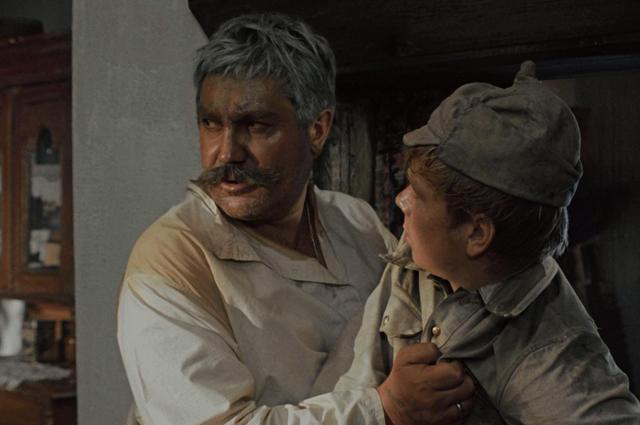 Павел Луспекаев в роли Павла Верещагина.