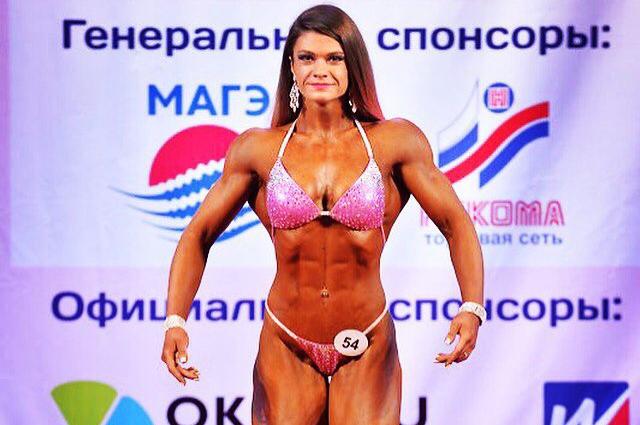 За три года Вика набрала 20 кг мышечной массы