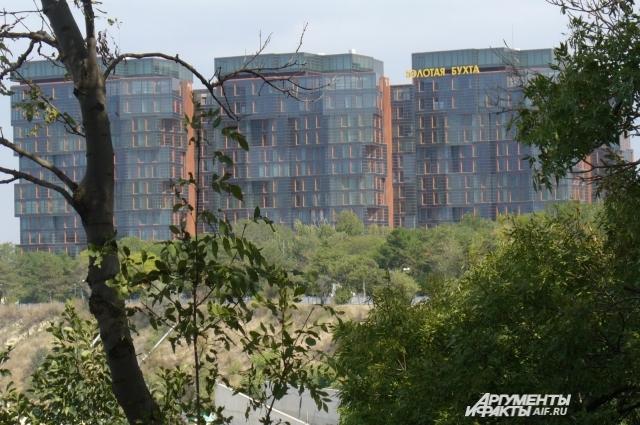 В гостиницах высокого уровня цены «кусаются» (Анапа).