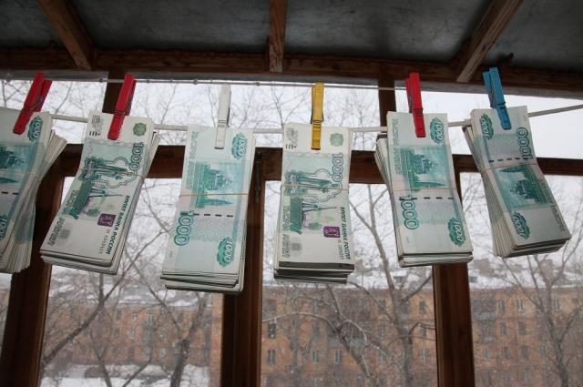 Инфляция съедает зарплаты россиян и сейчас.