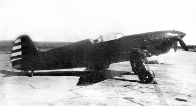 Самолет Як-1.