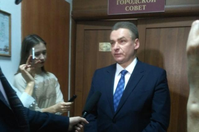 Дмитрий Кулагин в случае избрания на пост главы города все кадровые решения будет принимать после новогодних праздников.