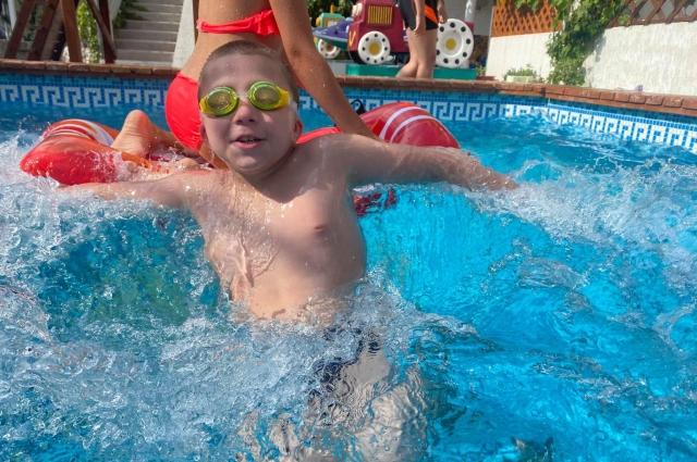 Дети оценили бассейн отеля.