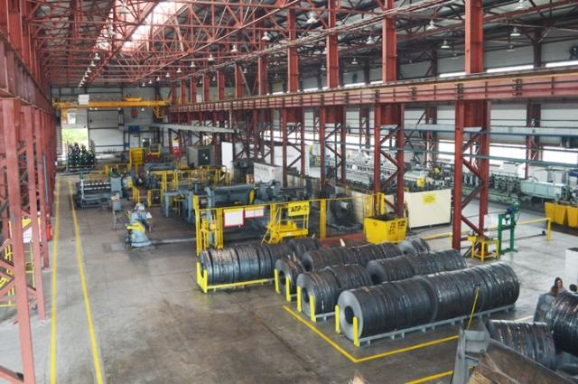 Производственные мощности предприятия позволяют выпускать 240 тыс. тонн труб в год.