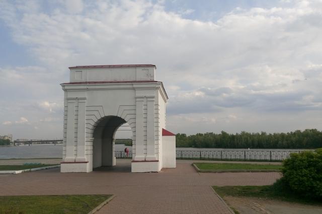 Омская крепость может стать менее однообразной.