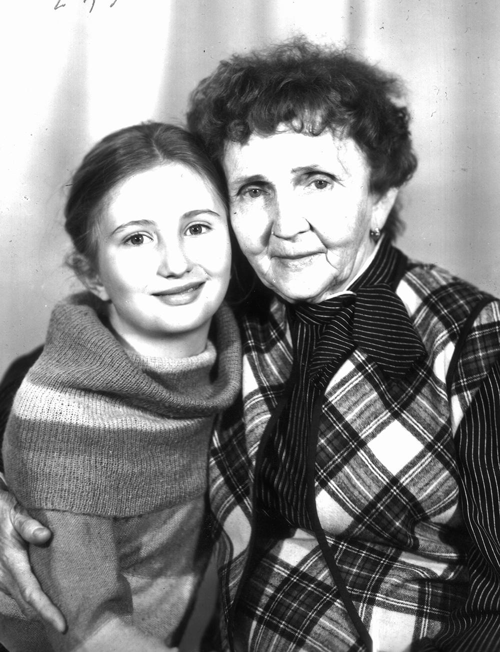 Альбина Абсалямова с бабушкой Магинур.
