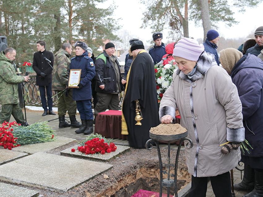 На памятное мероприятие пришли многие жители Смоленского района.