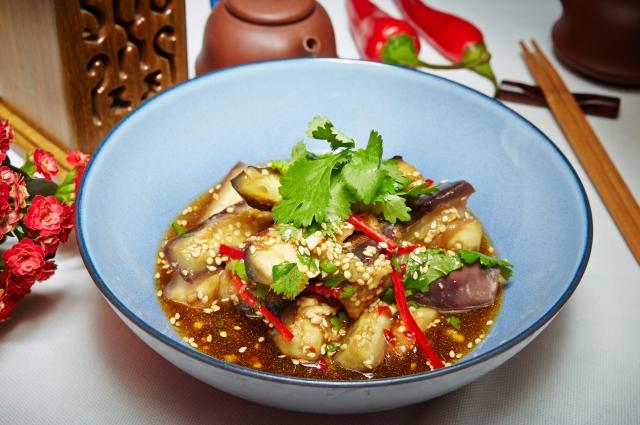 Салат из баклажанов по-шанхайски