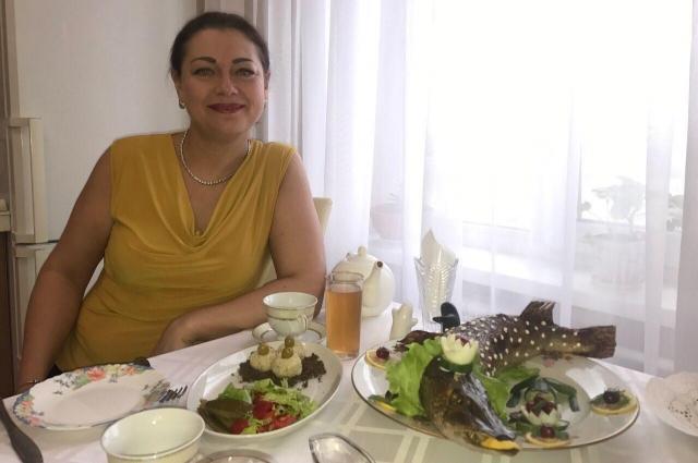 Елена Александровна очень любит готовить и создаёт не только вкусные, но и красивые блюда.