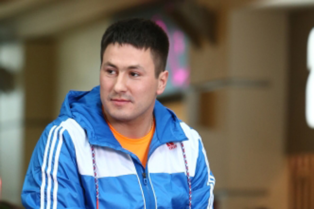 Бобслеист Александр Касьянов на церемонии чествования призёров зимней Олимпиады-2014 в ТРК Атриум . 1 марта 2014 г