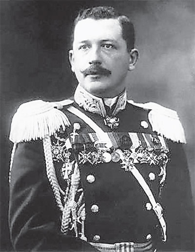 Генерал-майор Алексей Игнатьев в год революции...
