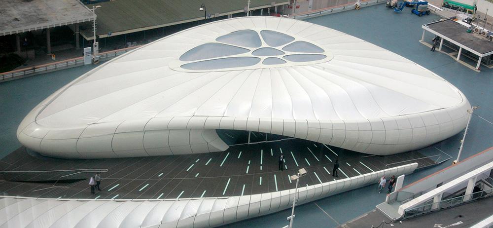 Выставочный павильон в Гонконге, построенный по проекту Захи Хадид.