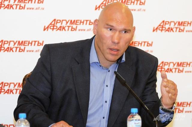 Николай Валуев.