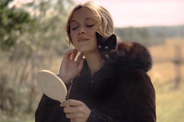 Терехова сыграла в знаковой картине  Андрея Тарковского «Зеркало». 1975 год.