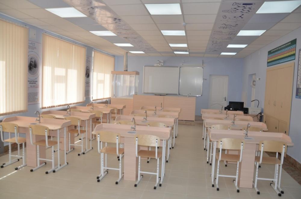 Благодаря помощи нефтепроводчиков, классы точных наук школах Нижней Туры оснащаются современной мебелью и новейшим  демонстрационным оборудованием.