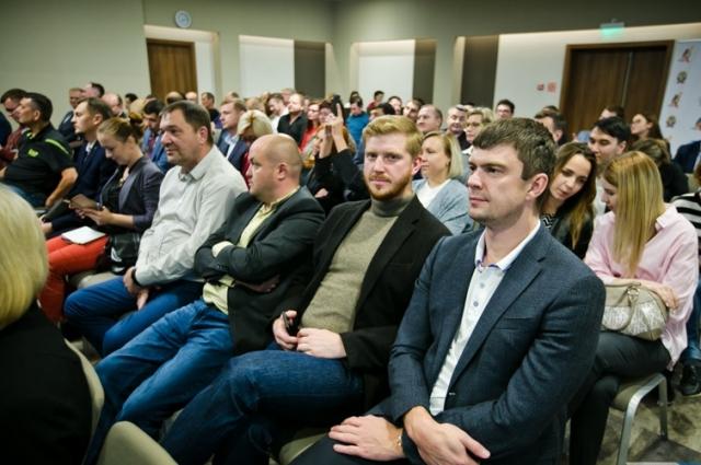 На презентации и торжественном старте конкурса присутствовали полуфиналисты и финалисты всероссийского конкурса «Лидеры России», которые представляли регион в том году.