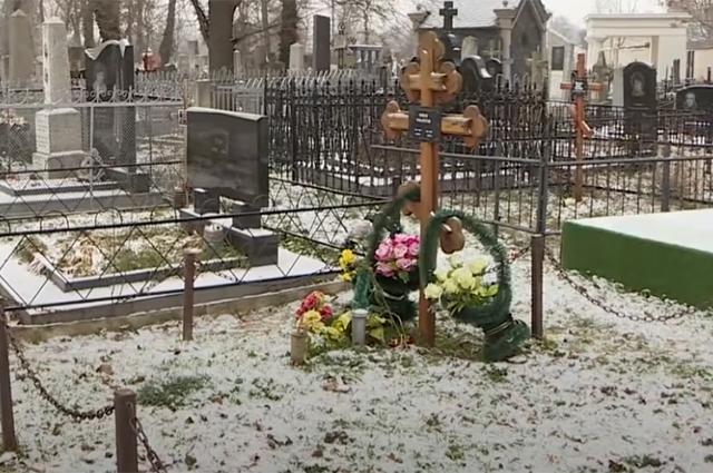 Могила Михая Волонтира.