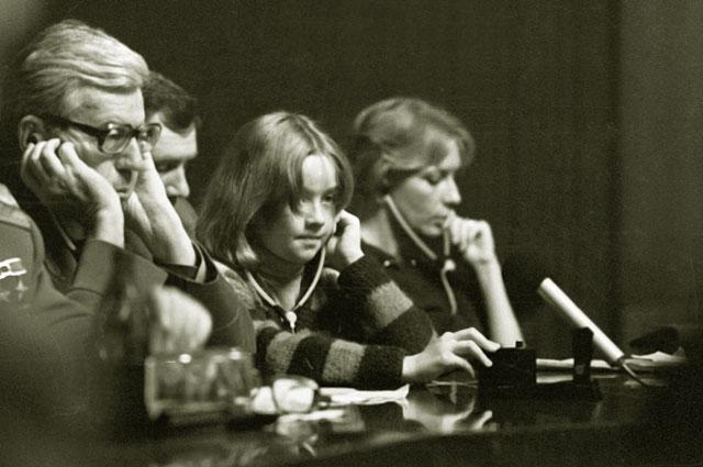 Ника Турбина на Московской междунароной книжной выставке. 1985 год