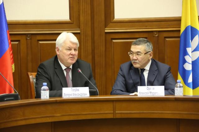На совещании в Элисте по вопросам долгов Республики Калмыкия перед ПАО «Газпром» было принято решение до 10 марта 2016 года составить план мероприятий по погашению задолженности.