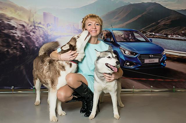Посетители могли принять участие в фотосессии с собаками породы хаски