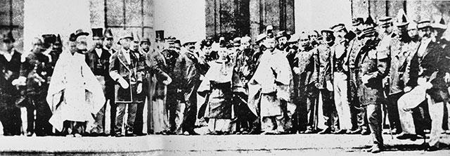 Молодой император Мэйдзи с иностранными представителями в период окончания войны Босин (1868—1870)