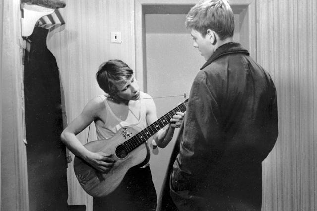 Александр Кавалеров в сцене из фильма «Мужской разговор». 1968 г.