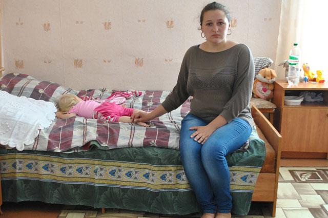 Алина надеется, что скоро муж приедет к ним с ребёнком