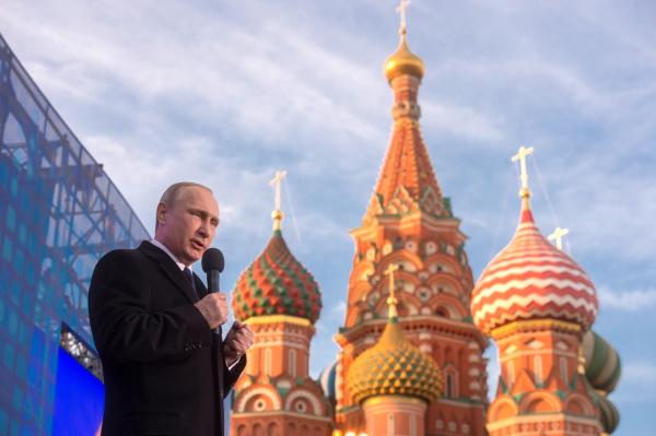 18 марта 2015. Владимир Путин выступает на митинге-концерте Мы вместе!, посвященном годовщине воссоединения Крыма с Россией