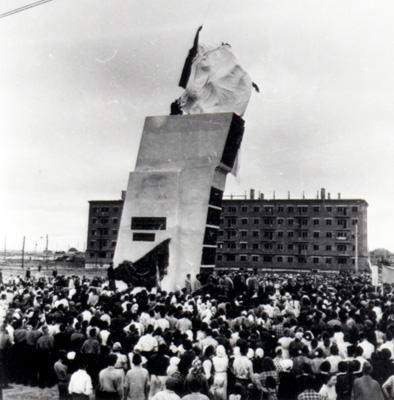 открытие памятника Василию Чапаеву