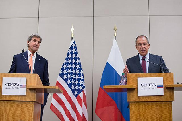 Сергей Лавров и Джона Керри на переговорах в Женеве.