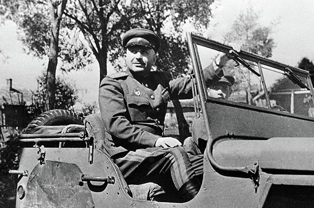 Иван Баграмян — командующий войсками 1-го Прибалтийского фронта, 1944 г.