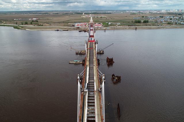 Общая длина моста Благовещенск – Хэйхэ, возведенного ГК СК Мост Руслана Байсарова, составляет 1080 метров.