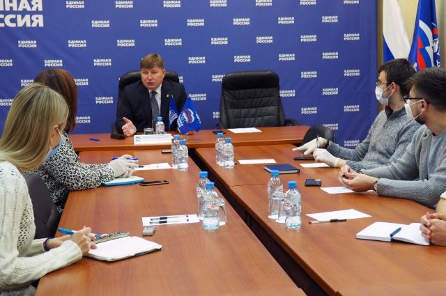 Вячеслав Григорьев встретился с журналистами и рассказал об итогах выборов.