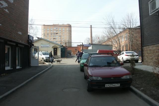 Двор на Вересаева.