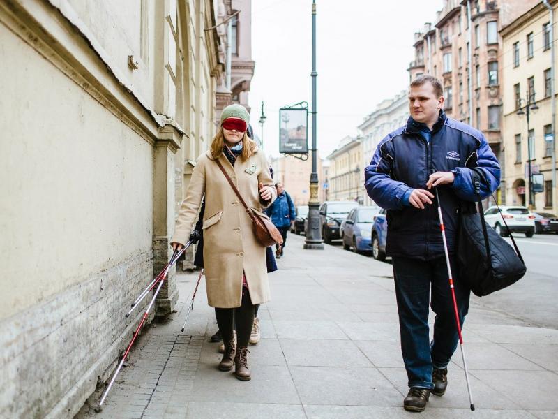 Алексей отлично ориентируется во всём Петербурге.