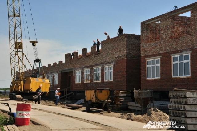 Детский сад в Рябиновке: возводят второй этаж.