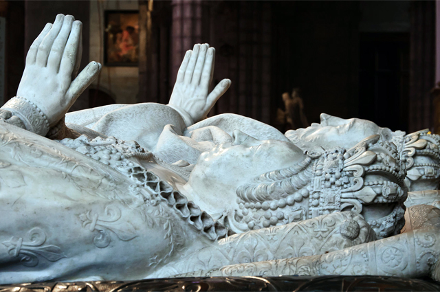 Эффигии Екатерины Медичи и Генриха II, Аббатство Сен-Дени.