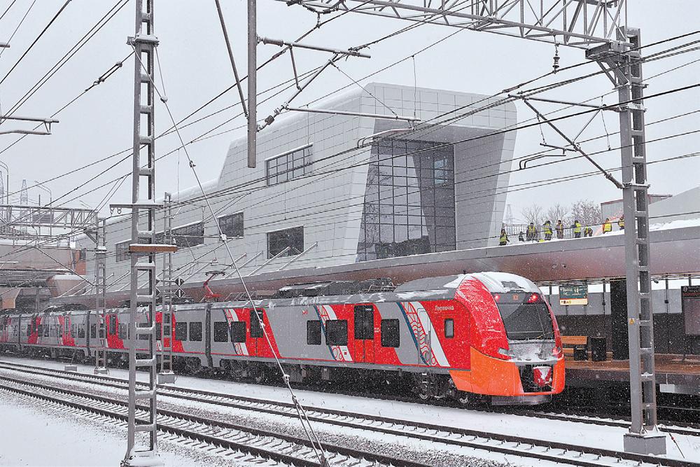 Платформа Ховрино-2 уже действует. Она стала частью крупного ТПУ, куда входят ст. метро «Ховрино» и автобусный вокзал.