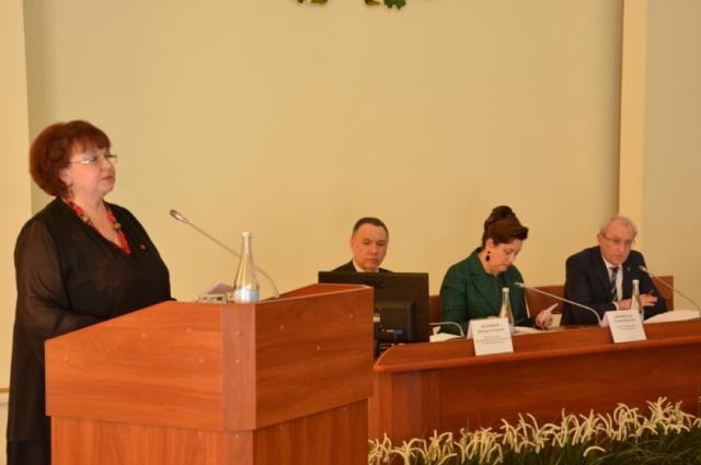 Надежда Левицкая подводит итоги работы ростовского здравоохранения в 2015 году.