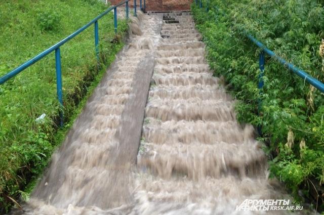 Затопленная лестница.