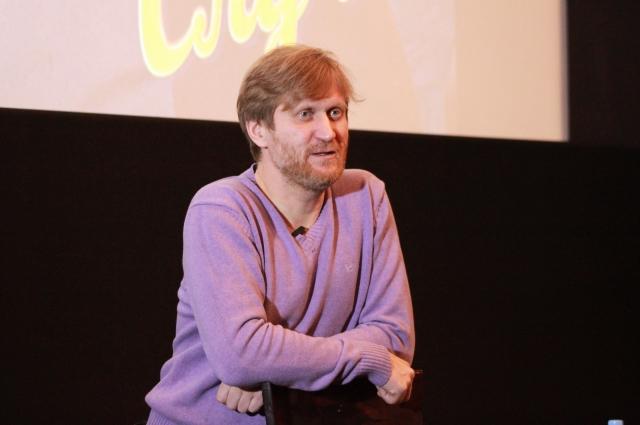 Андрей сказал, что команда снова планирует приехать в Омск с концертом.