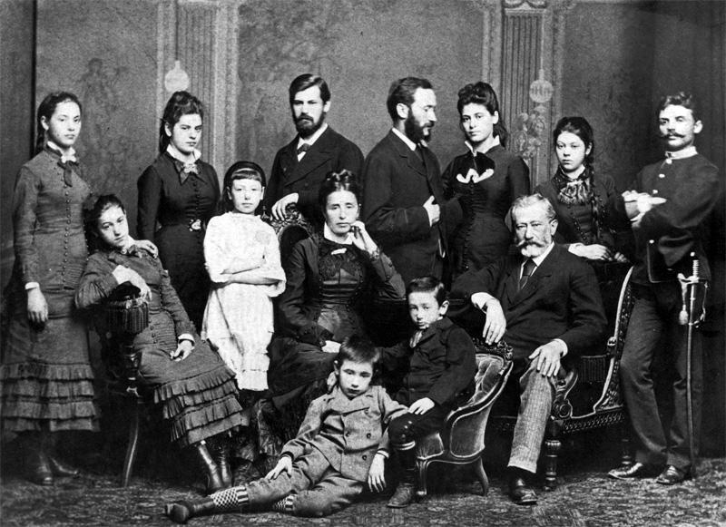 Зигмунд Фрейд и его семья. 1876 г