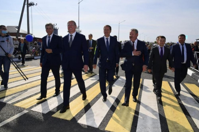 Новый мост в Калачинске успели построить за 10 месяцев.
