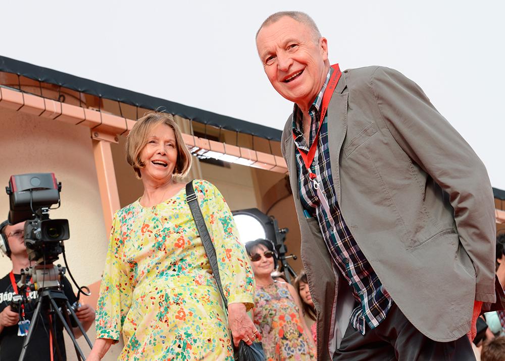 Андрей Смирнов с супругой актрисой Еленой Прудниковой.