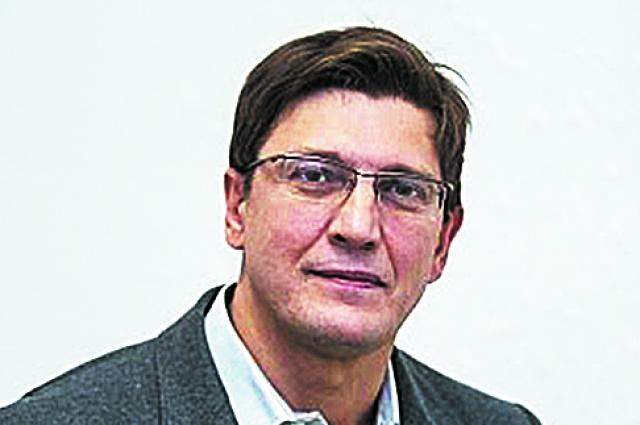 Илья Бутусов