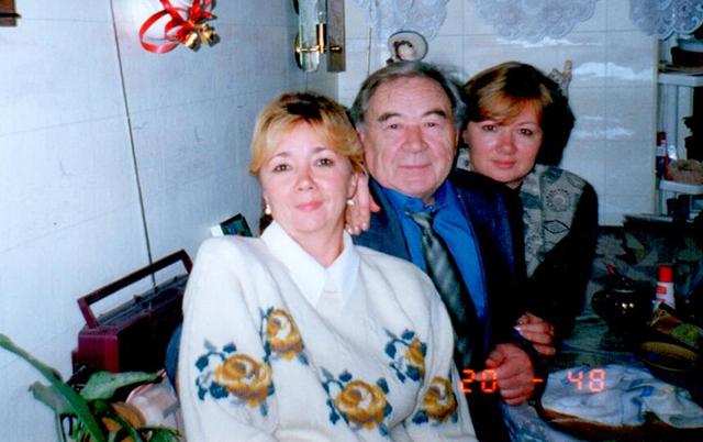 Эдуард Ситдыков с дочерьми